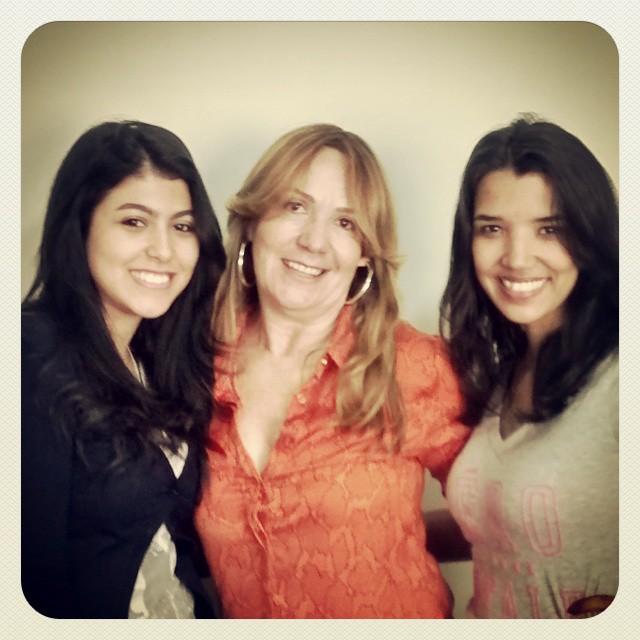 Raquel, Luzia e Lívia.